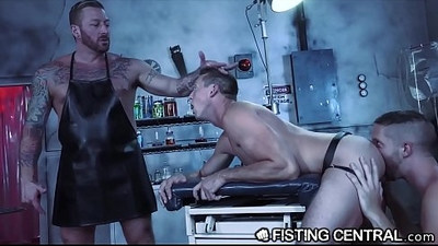 Daddy Doctor Fists His Hunk Monster Disobedient Assistant
