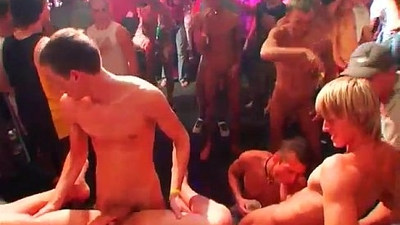 Daddy feet gay porn and indian cute twinks first time The Dirty Disco