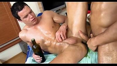 Homo body massage