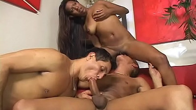 Become a witness of amazingly sexy trio bi action now