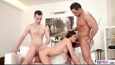 Anal threesome with bisex people